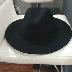 Free people felt black hat